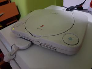 Playstation 1 con 6 Juegos 2 Mandos
