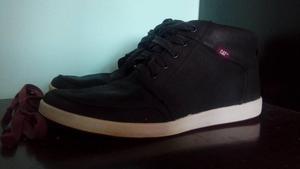 zapatos CAT original talla 41 estado 9/10