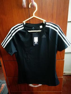 Vendo Polo Adidas Original