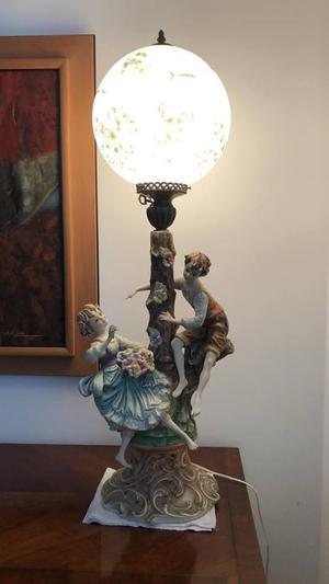 lampara antigua de porcelana italiana