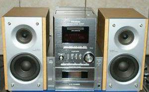 Radio estereo Panasonic modelo SAPM17