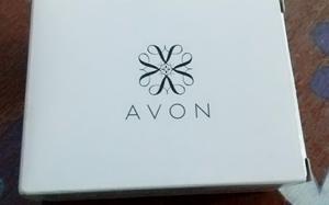 Aretes Avon