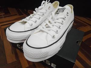 Zapatillas de Mujer Converse Blancas Talla 36 Nuevas en Caja