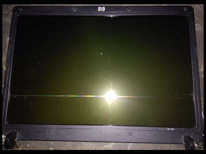 Pantalla LED 15.4 con su carcasa Laptop HP 530