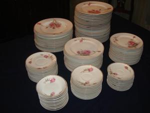 Vajilla Limoges antigua completa para 12 personas