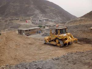 Tractores oruga cat en alquiler trujillo en Trujillo