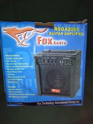 Amplificador 20 Watts Para Guitarra Electrica O Karaoke
