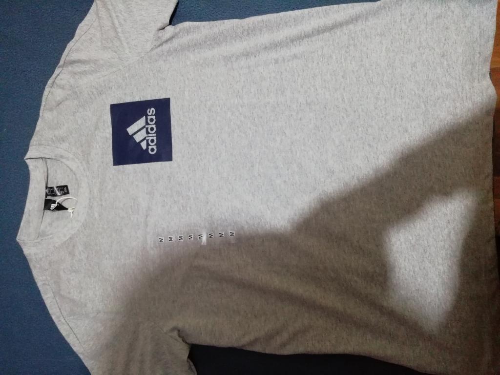 Polo Adidas, Original. Nuevo.