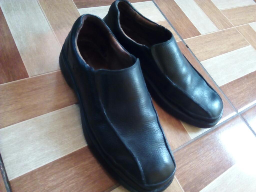Zapatos de Cuero Hush Puppies
