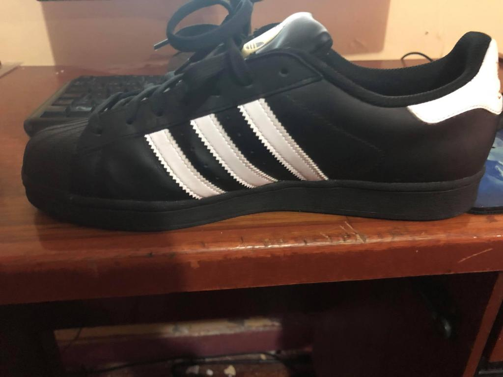 Zapatillas Adidas Superstar talla 43
