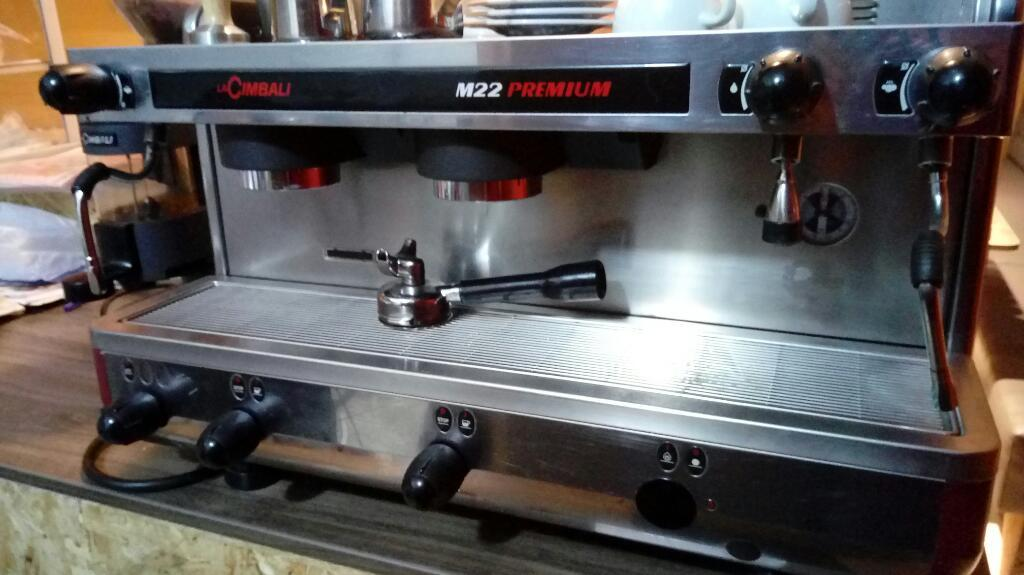Maquina de Cafe La Cimbali M22 Moledora