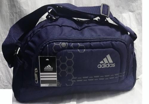 Maletin Deportivo adidas Color Azul. Estampado