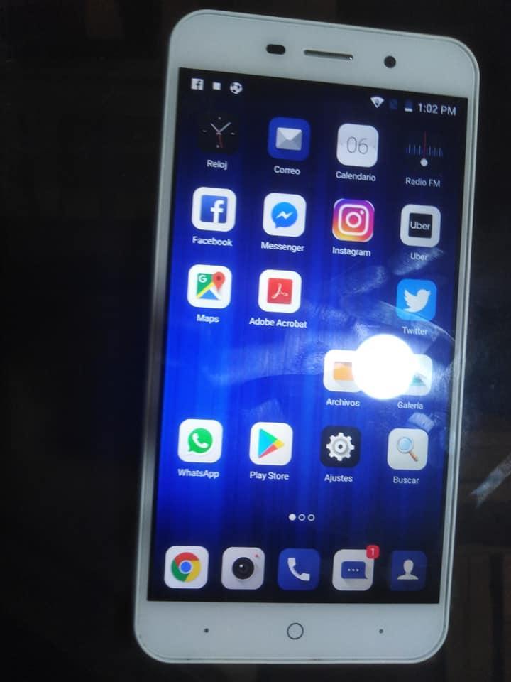 Vendo celular ZTE BLADE A602 de 300 a 240 soles S/ 240