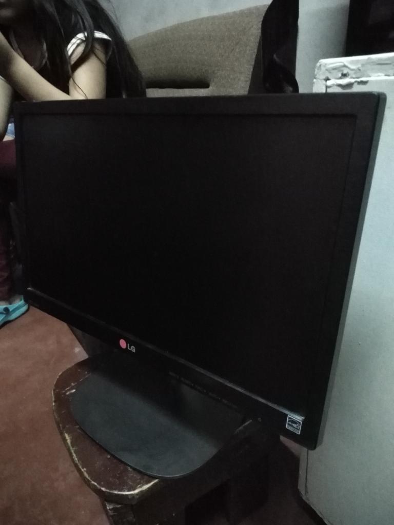 Remato Monitor Led de 19 Lg