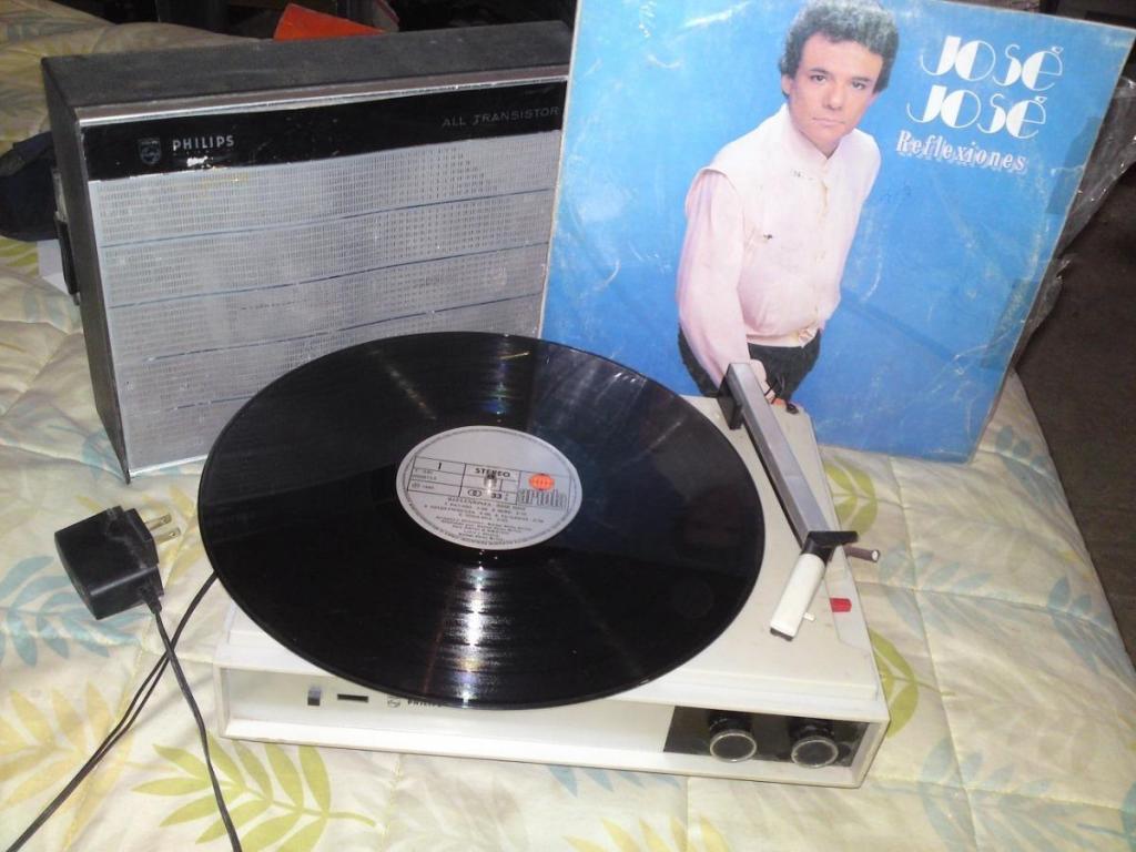 Tocadisco Tornamesa Philips Con Amp. Y Parlante 220 V