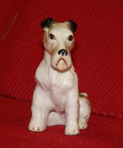 1960s Precioso Perrito De Porcelana Alemana De Gran Nivel