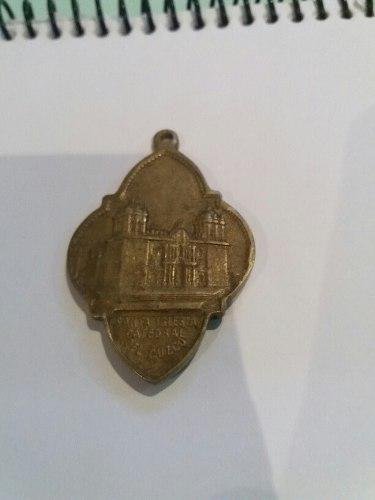 Antigua Medalla De La Catedral Del Cusco.