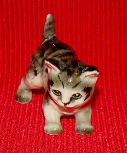 Hermoso Y Curioso Gato De Porcelana De Los Años 60's