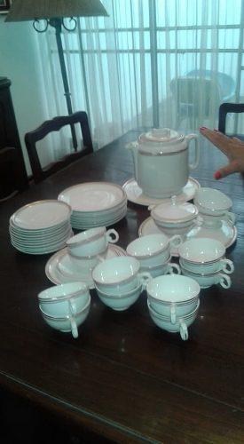 Juego De Te, Porcelana Antiguedad De 66 Años