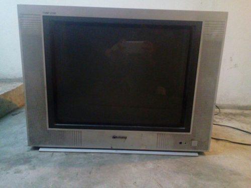 Televisor A Colores En Buen Estado...