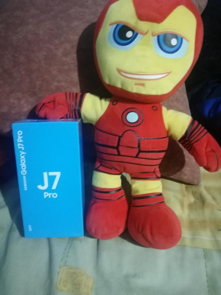 Celular Samsung J7 Pro Sellado en Caja