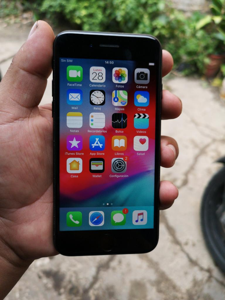 iPhone 7 Black 32gb Solo para Claro