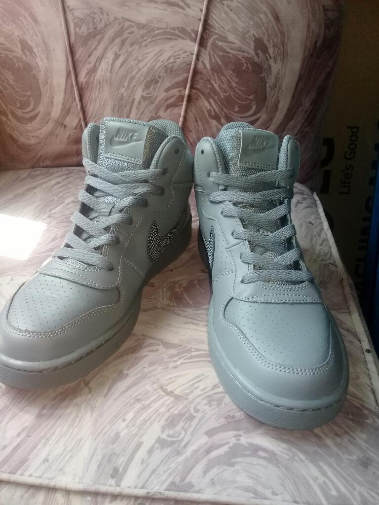 Zapatillas Botin Nike 100