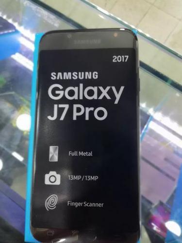 Samsung Galaxy J7 Pro 64gb Ram 3gb Libre De Fabrica + Mica