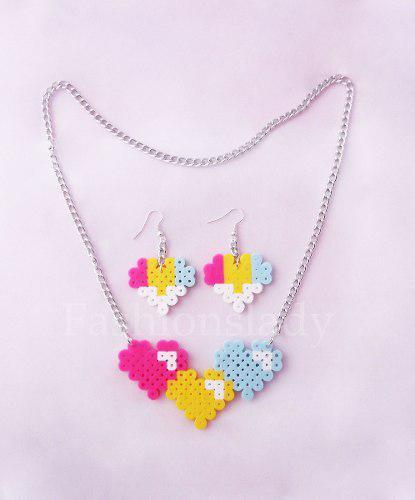 Set Collar Pendiente Forma De Corazón En Hama Beads