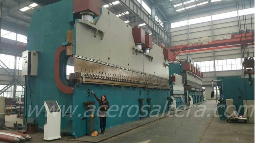 Plegadora y Guillotina Nuevas en Lima y Arequipa