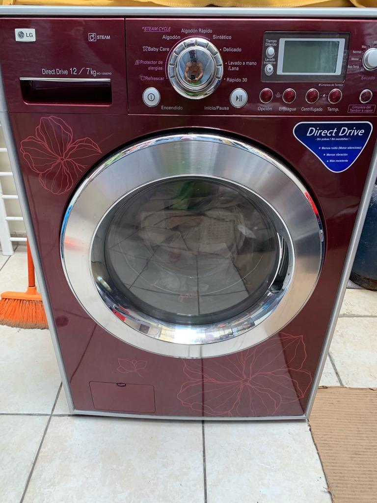 Lavaseca LG 12 kg de lavado y 7 secado