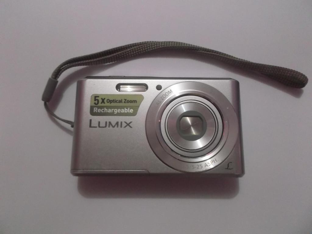 CAMARA FOTOGRAFICA LUMIX PANASONIC DMCF5