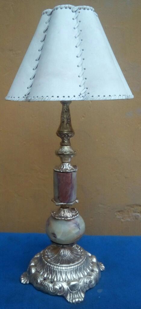 Hermosa Lámpara de Bronce con Mármol