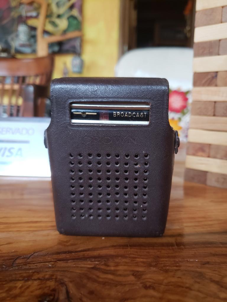 Radio Crown Transistor Antiguo Vintage