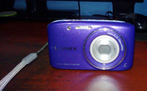Cámara Digital Lumix Dmc-s2 Panasonic Púrpura (usada)