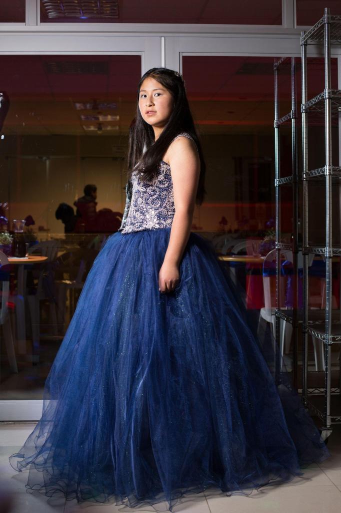 2978ff557 Vestido azul de xv años alquiler s . 200 venta s  400