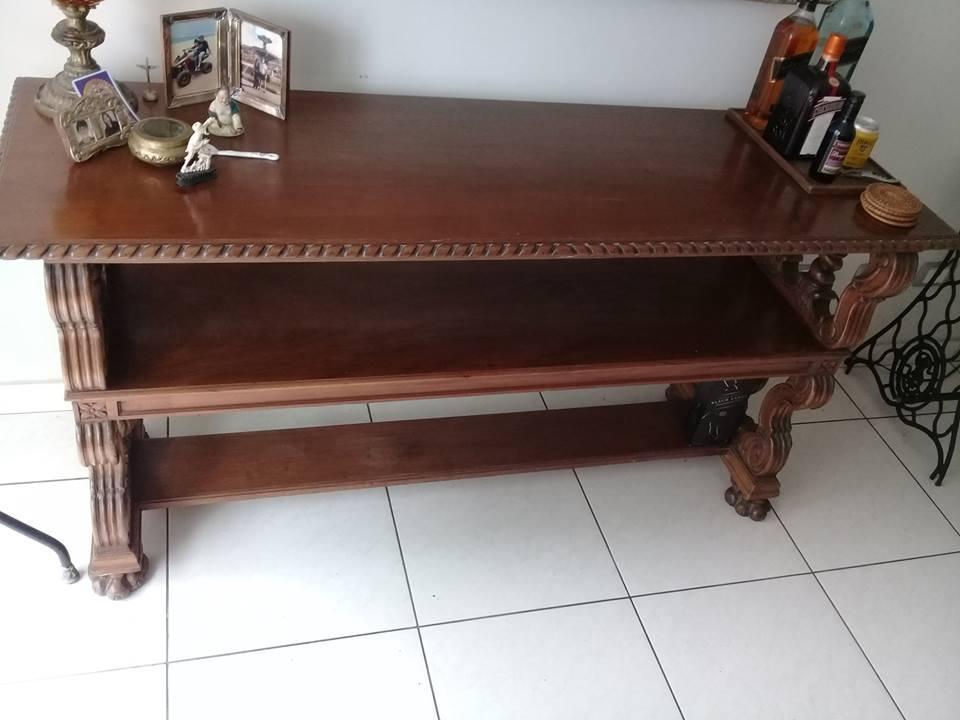 mueble consola antiguo, tallado, hecho de caoba,1.62m x 50