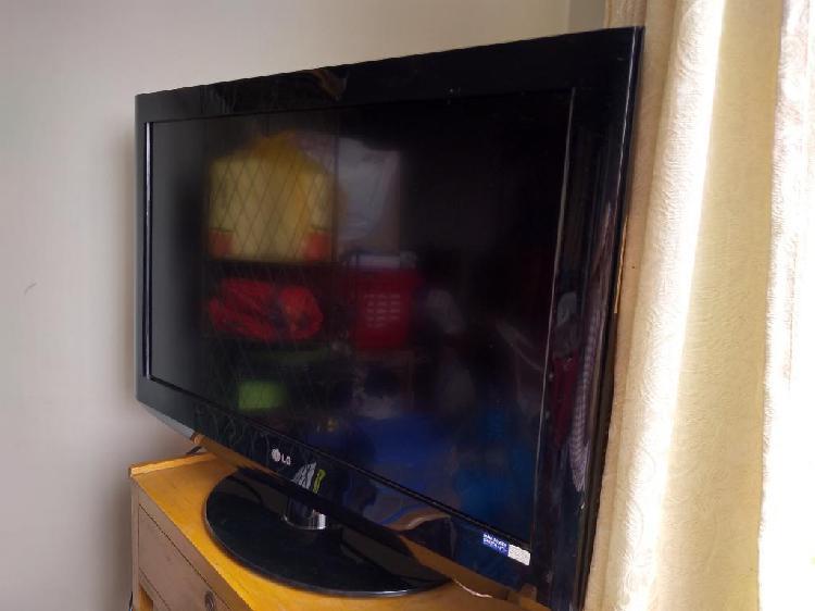 Remato Televisor Lg de 32 P. Lcd