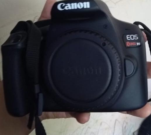 Cámara Canon Eos Rebel T6 Ef SEf