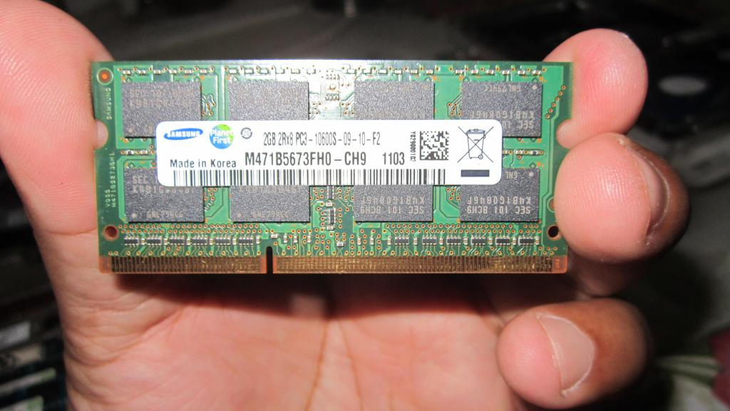 Memoria Ram 2Gb Samsung DDR3 PCS Portatil