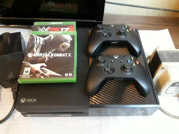 Xbox One 500gb, 2 Mandos Y 2 Juegos