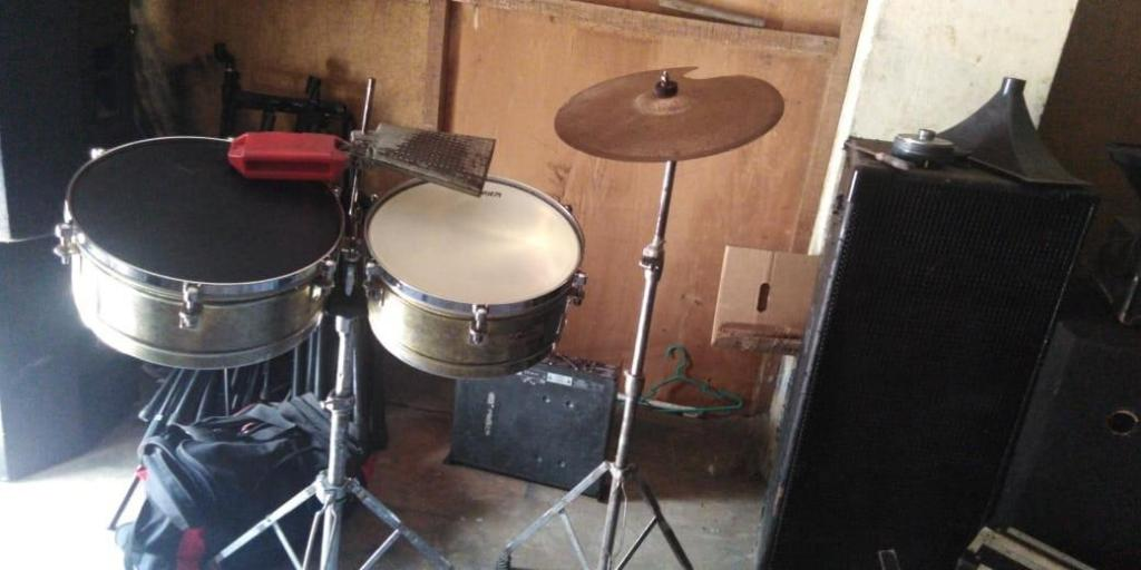 Timbales bongos camara Filmadora todo a 650