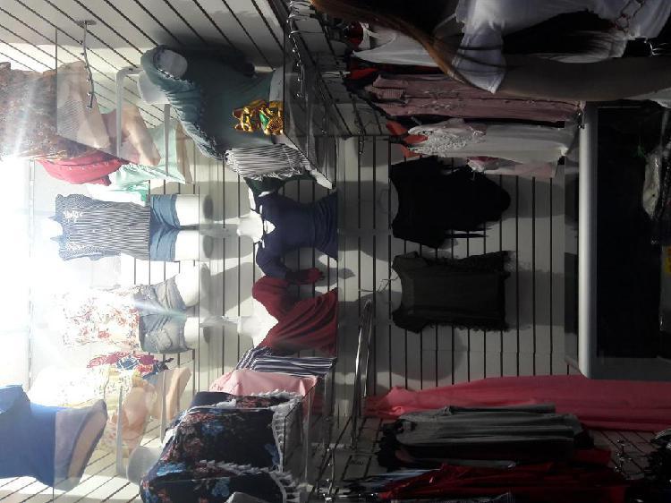 Traspaso tienda de ropa femenina en siglo XX