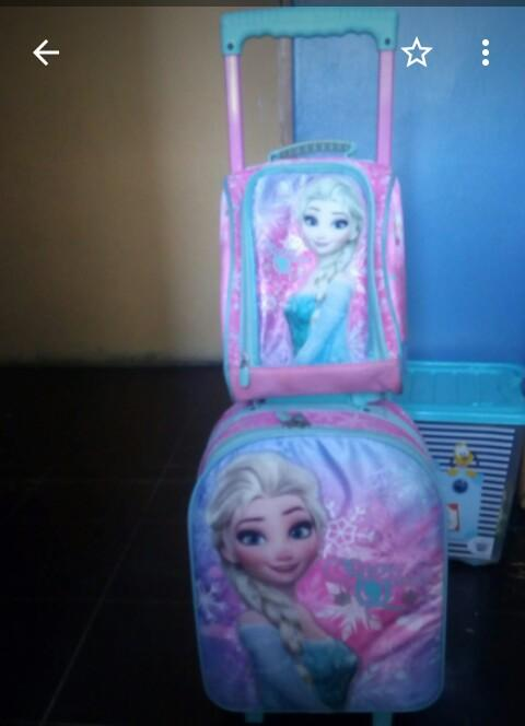 Mochila de Frozen en alto relieve