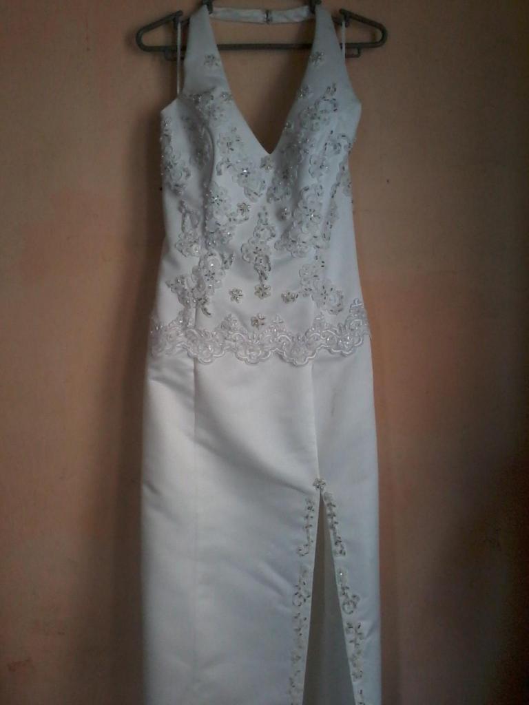 Vendo Vestido De Novia Como Nuevo A 250 Soles.