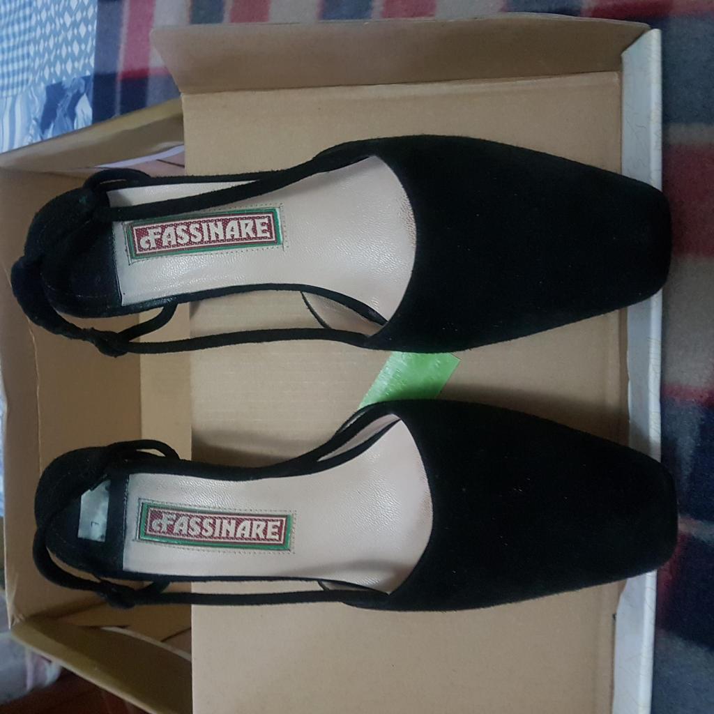 Zapatos de vestir de Gamuza 36 mujer Fassinare