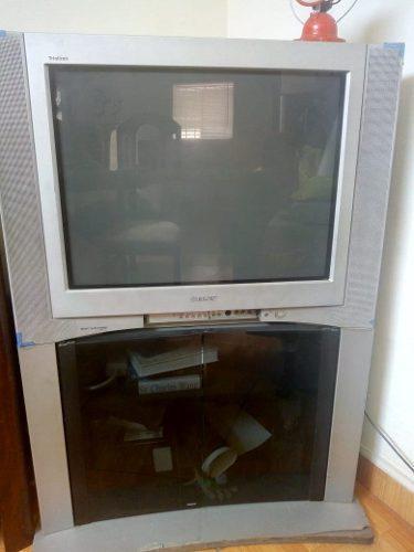 Televisor Sony Trinitron 29 Con Base Mueble.