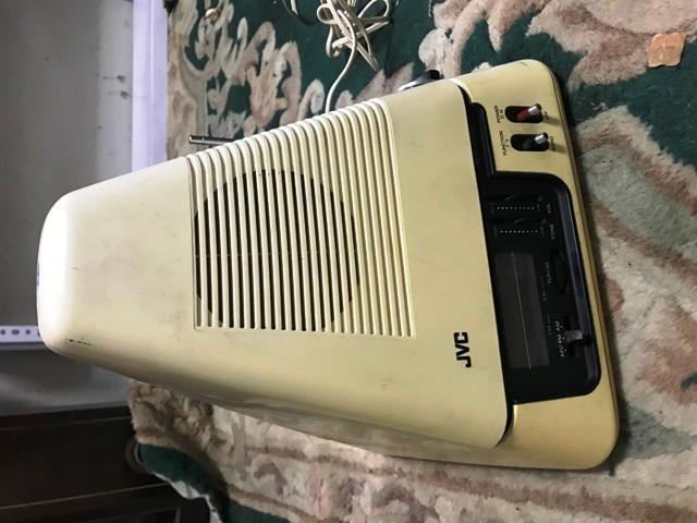 ANTIGUO Y RARO TELEVISOR JVC ANTIGUA RETRO VINTAGE TV LCD