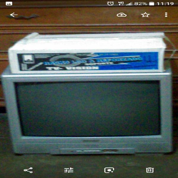 Televisor Marca Sharp de 21 Pulgadas