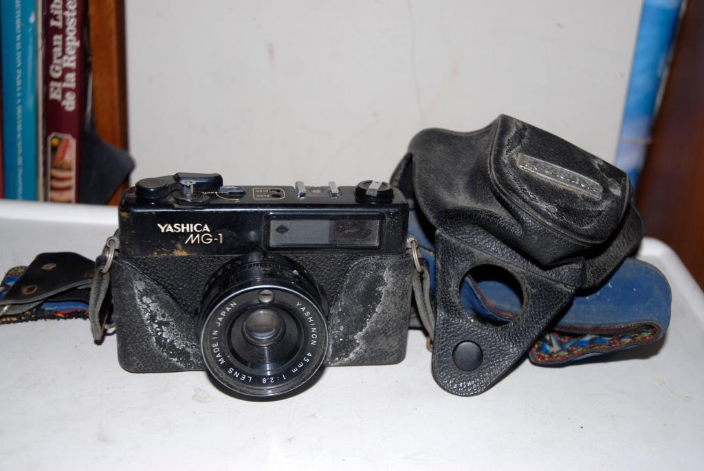 Cámara Fotográfica Yashica